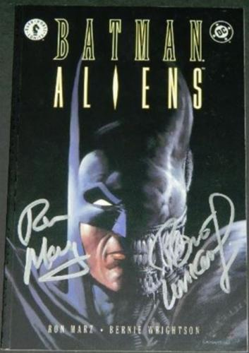 Batman Aliens #13/97 Signed #21/100